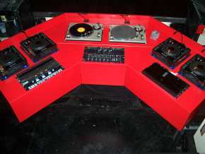 Red Booth (2)